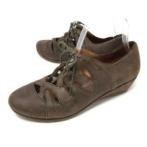 Gentle Souls NYE Brown Wedge Lace Up Shoes